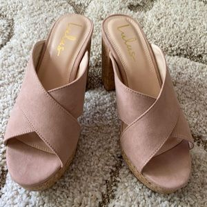 Lulus Blush Platform Sandals- NWOT sz 9
